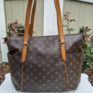 Louis Vuitton Tote Bag Totally MM